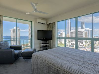 Master Bedroom Ocean View with Foxtel