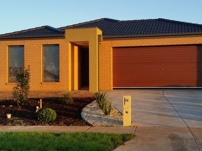 four bedroom house with double car parking garage space