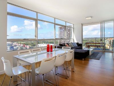 Living Dining in Zetland Executive Apartment