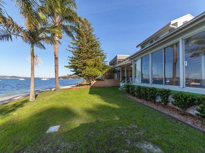 Seaview Crescent, 8
