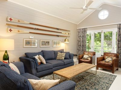 Bourne Cottage, Southern Highlands - pay for 2, stay for 3 + 4pm check out Sunda
