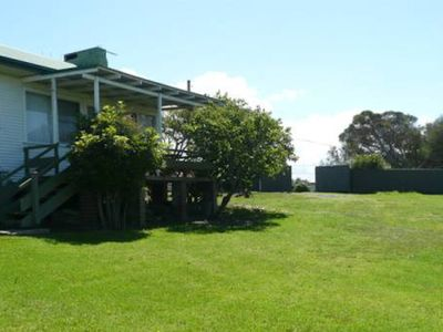 TOM'S PLACE: Ideal for families or fishing groups with ample boat parking - Mur1