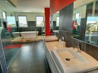 Master Ensuite With Bath