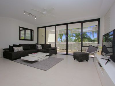 Fabulous open plan living with a view
