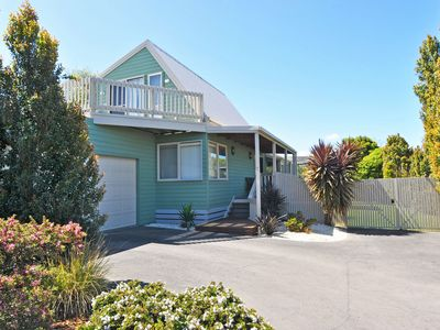 ARCHIES BEACHSIDE ABODE - PET FRIENDLY OUTSIDE ONLY