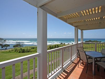 Quarterdeck 8 - Beachfront Paradise