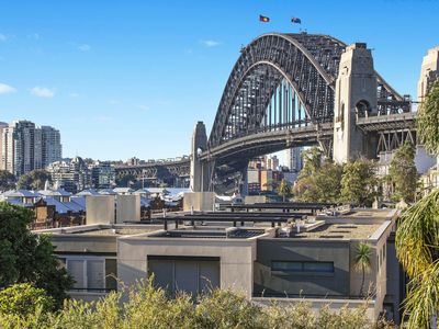 80 Windmill Harbour Bridge Views