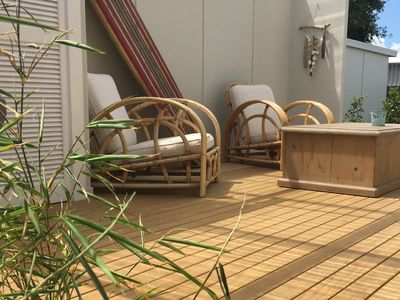 Outdoor private deck