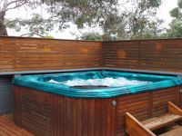 Outdoor Spa (available in summer months)