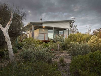 Pelican Cabin. Deluxe accommodation in the heart of the Coorong National Park