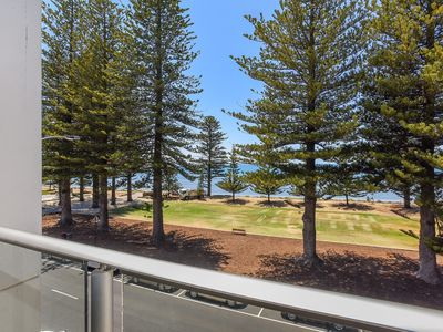 25 The Breeze - Victor Harbor