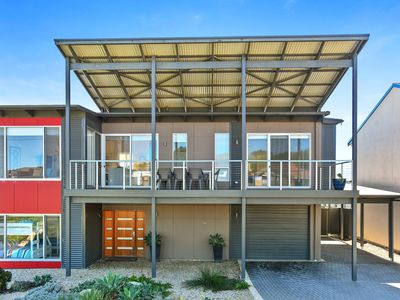 SA Holiday House: 'RiverSea'