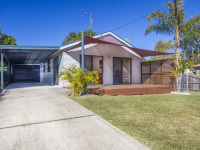 36 Lakeside Drive, South Durras