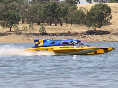 Boating on the Murray River