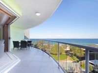 Beachfront Balcony - lower level