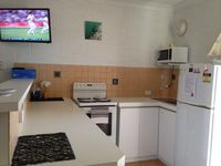 Fully equipped kitchen (another angle)