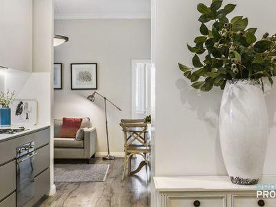 Unit 5 - Manly Daydream Executive Apartment