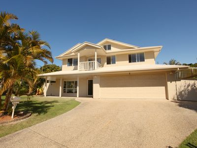 11 Dalmor Court, Coolum Beach - Pet Friendly, Linen Supplied, 500 BOND