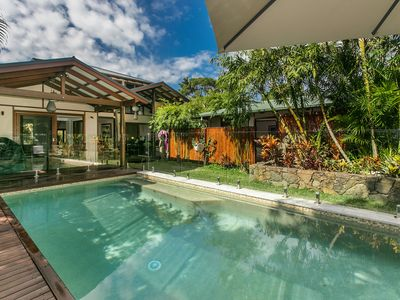 The Bamboo House - tropical family home at the beach