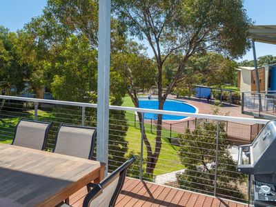 Yellowfin Villa 52 - South Shores Normanville