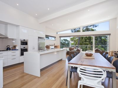 STIRLING VIEW - MODERN EXCELLENCE