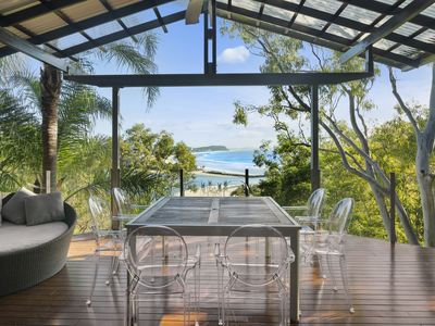 Currumbin Hill Beachhouse deck
