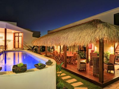The perfect area for relaxation the Bali Hut & Magnesium Pool
