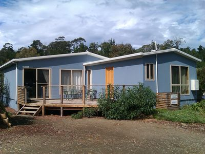 Blighs Beach House. Sleeps 10 in comfort