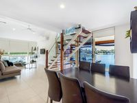 Open Plan Waterfront dining