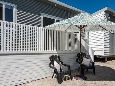 Seascapes Cottage is fully self contained with its own private fenced yard