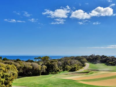 Golfer's Paradise by the beach at Cape Schanck
