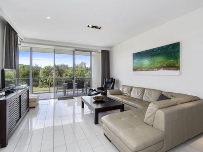 BAL1124 KINGSCLIFF 3 BEDROOM BEACH FRONT RESORT APARTMENT