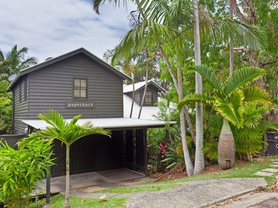 Paperbark - fabulous home a short stroll from the beach