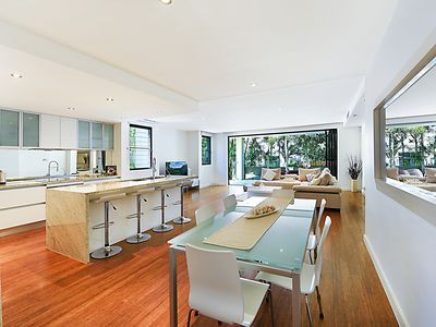 This beautiful modern home can be all yours!