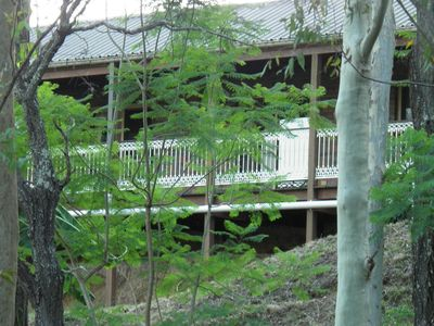 Set in the peaceful Brisbane Hills amongst the gums trees