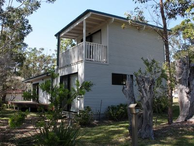 Ben's Beach House - 22 Pine St, NORTH BENDALONG