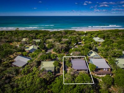 Kookaburra Beach Cottage - Beachfront Acreage Tallow beach