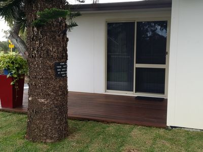self contained self catering 7km from Burns Beach, 5 min to transport on main rd