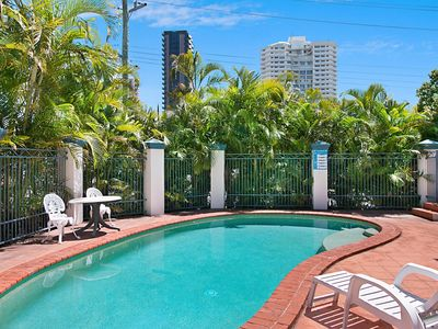 Lanham Palms 2 - Central Coolangatta