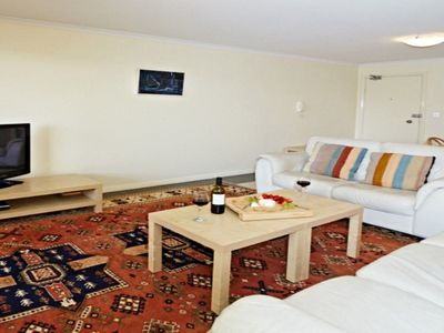 Grand central coogee apartment in coogee