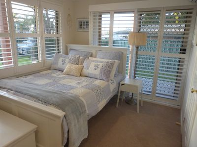 Private, self-contained queen bedroom and ensuite