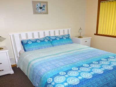 Casuarina Cottage at Sisters Beach - Comfortable queen bedroom