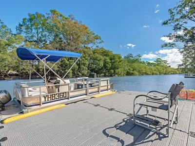 Optional BBQ Party Pontoon can take you to the Blue Lagoon on Currumbin Alley