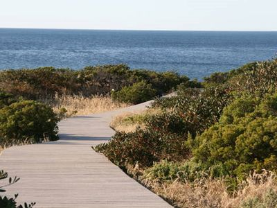 direct access to beautiful Normanville Beach