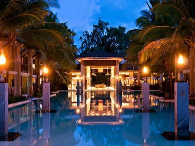 Port douglas accommodation from australia 39 s 1 stayz - Tully swimming pool opening hours ...