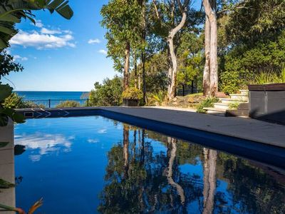 Malua bay accommodation from australia 39 s 1 stayz for Swimming pools central coast nsw