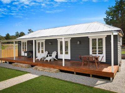 Cute historic cottage with large covered verandah