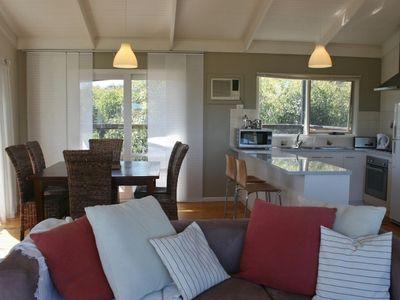 MARIAN'S - in a quiet court with ocean views