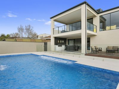 Port Phillip Luxury Retreat
