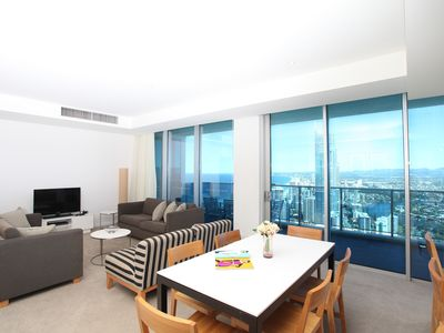 The H Residences 3 Bedroom Apartment - Holiday Holiday